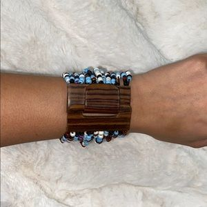 Bead bracelet with wooden attachment